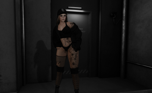 SassySweetPoses-Photo-Contest-Spring-2021---tricialyn-Resident.png